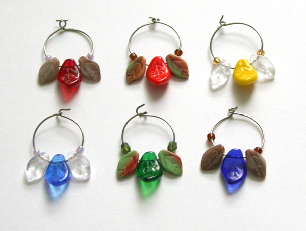 Beading: wine charms with leaves, set 3