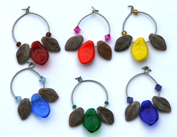Beading: wine charms with leaves, set 1