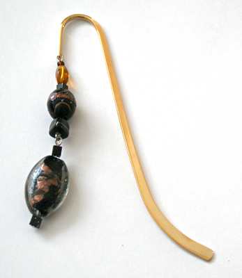 Beading: gold-tone bookmark #6, black and golden, with black drop