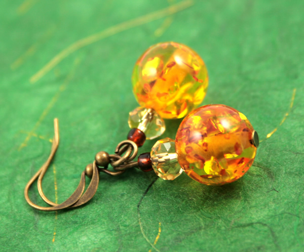 Sunny splash earrings, etsy, green bg, medium