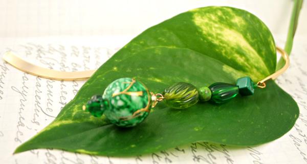 Green crystal gold plated bookmark, etsy, leaf, medium