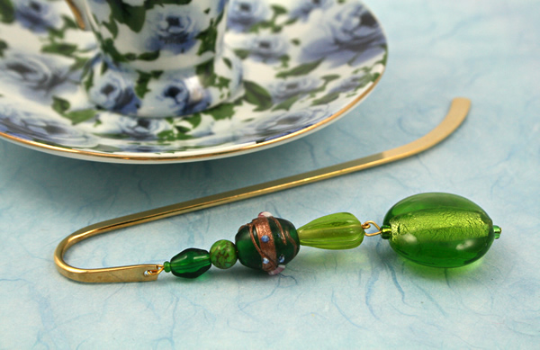 Green Lollipop bookmark, blue bg, md