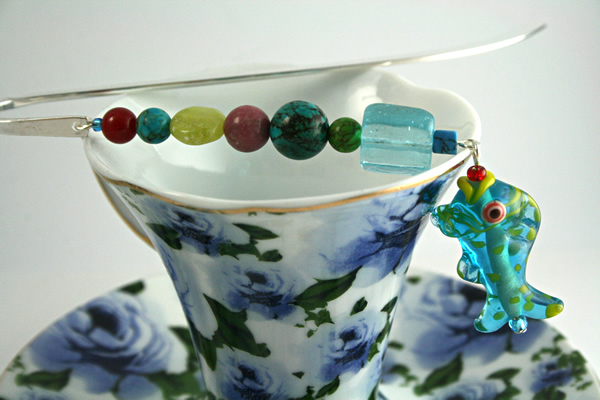Sea Jewels bookmark, cup, md