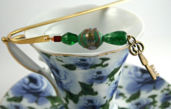 Secret key bookmark, cup, md