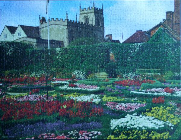Puzzle New Palace Gardens Warwickshire England