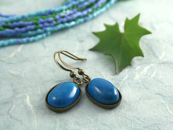 Blue howlite brass earrings, blue, md