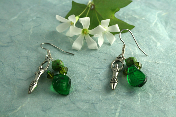Spring birth goddess earrings, shamrock on blue, md
