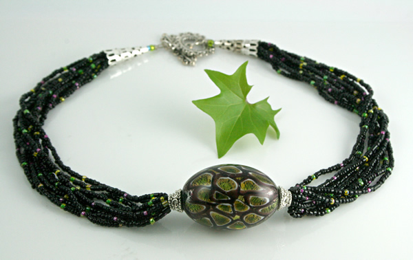 Tropical forest necklace, full, md