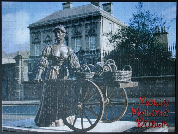 Molly Malone, Dublin, med