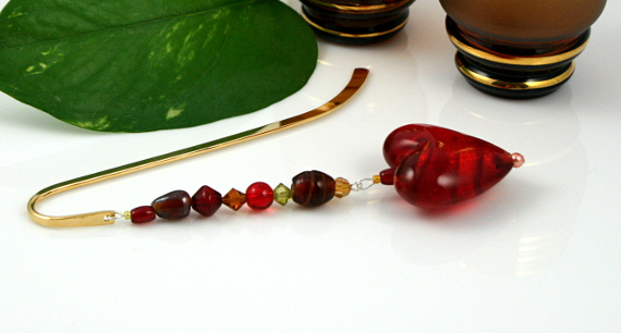 Bookmark caramel blood red heart, med