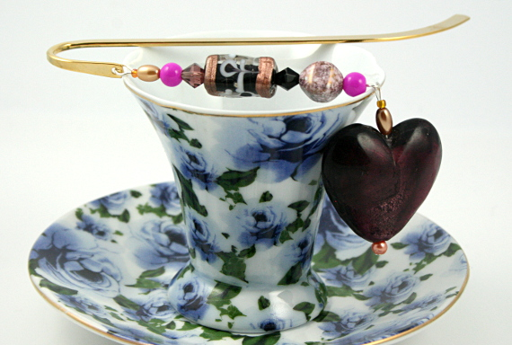 Bookmark purple heart swirls cup, med