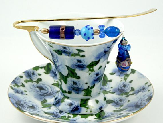 Bookmark sky blue fantasy cup, med