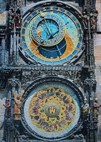 Astronomical Clock, Prague, Czech Republic, med
