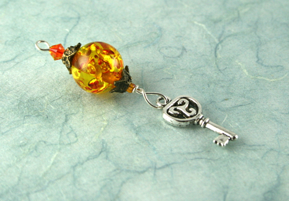 Blessingway bead - Amber key, blue, md