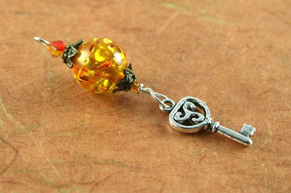 Blessingway bead - Amber key, md