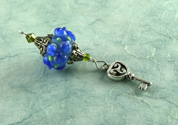 Blessingway bead - Blue flower key, blue, md
