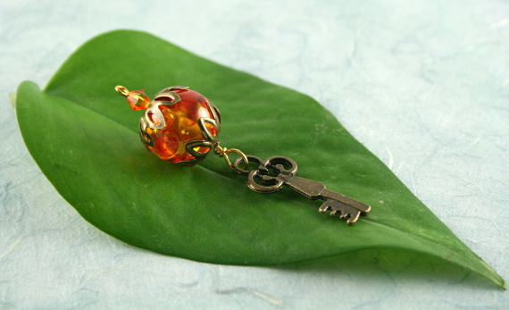 Blessingway bead - Fire and amber key, earth, leaf, md