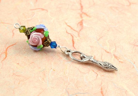 Blessingway bead - Rose goddess, peach, md