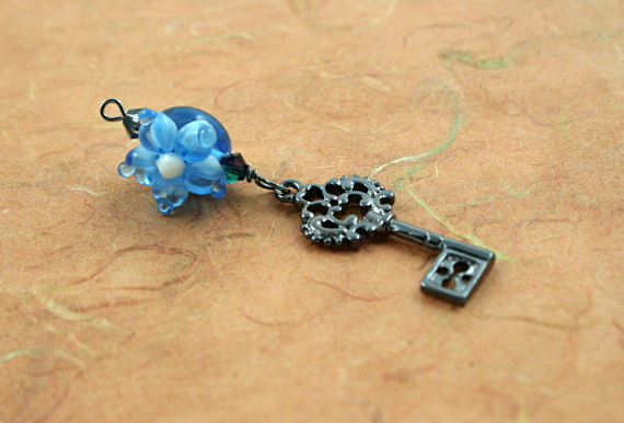 Blessingway bead - Blue flower secret key, earth, md
