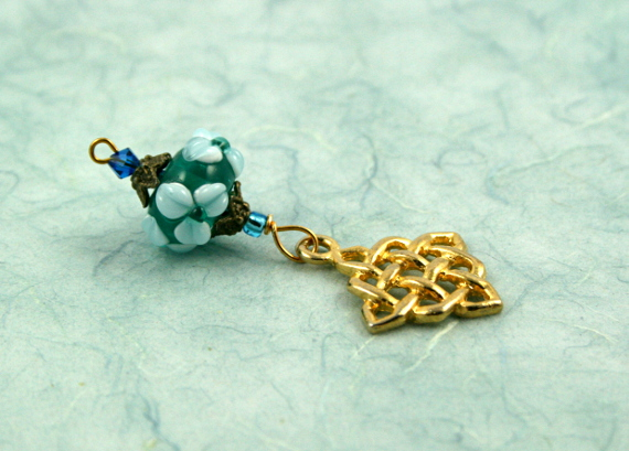 Blessingway bead - Forest spring celtic knot, blue, md