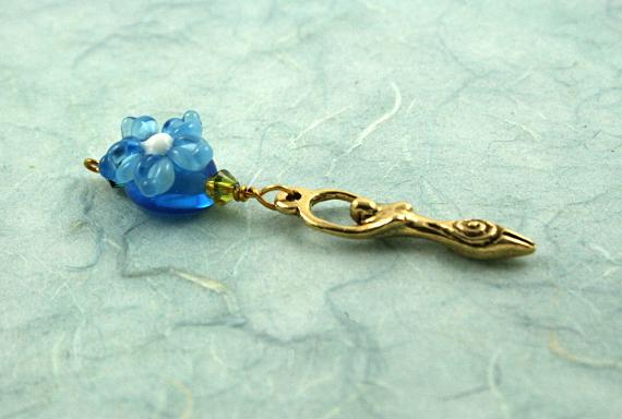 Blessingway bead - Golden blue flower goddess, blue, md