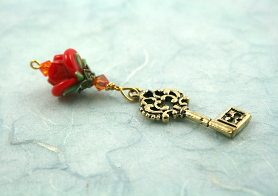 Blessingway bead - Golden red rose key, blue, md