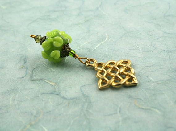 Blessingway bead - Golden young leaves celtic knot, blue, md