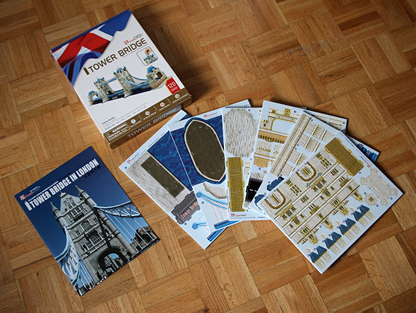 Londow Tower Bridge 3D puzzle, package contents, med