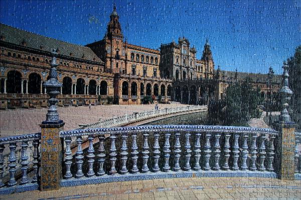 Plaza de Espana, med